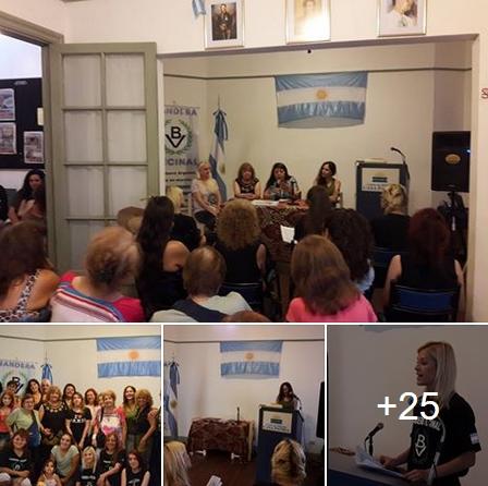 Ver fotos: Encuentro de Mujeres Nacionalistas de Bandera Vecinal